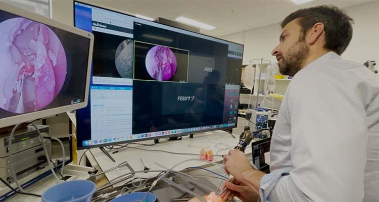Using Quintree software to collaborate on a scope procedure on a nasal passage